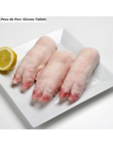 Pies de cerdo cortados por la mitad